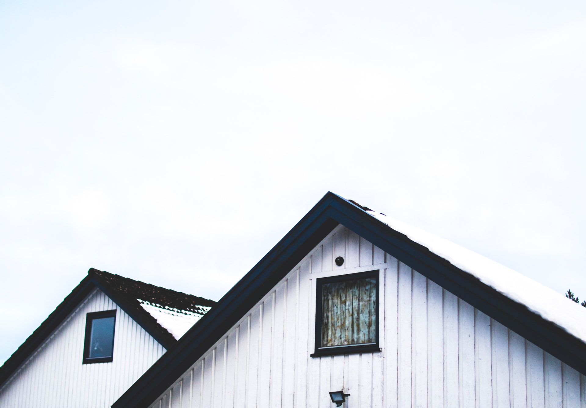 view of rooftop of homes | bozeman real estate resources